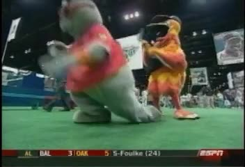 mascot homerun low