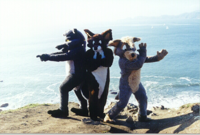 Fursuit_angels.jpg
