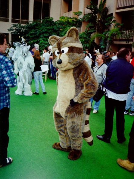 Fursuit_cf9-045.jpg